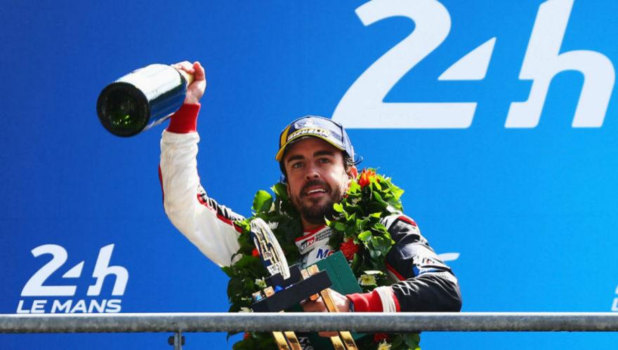 Alonso ganó en Le Mans y está a un paso de la Triple Corona