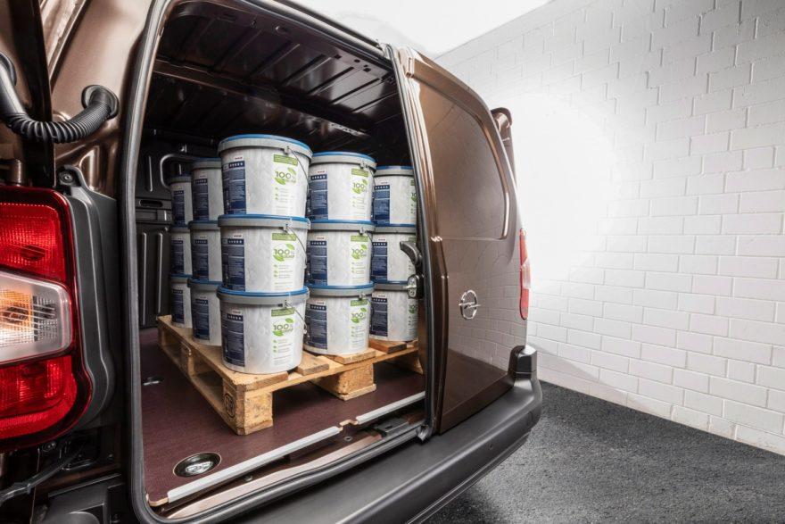 La nueva Opel Combo Cargo, además de las nuevas Berlingo Van y Partner, quieren ser tu compañeras de trabajo con hasta 1.000 kgs de carga útil