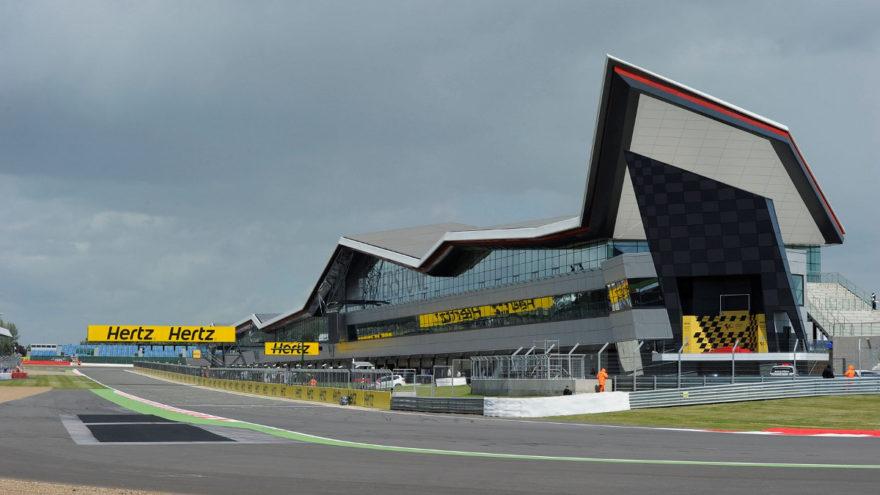 Silvestone acoge también el GP de Gran Bretaña de motociclismo