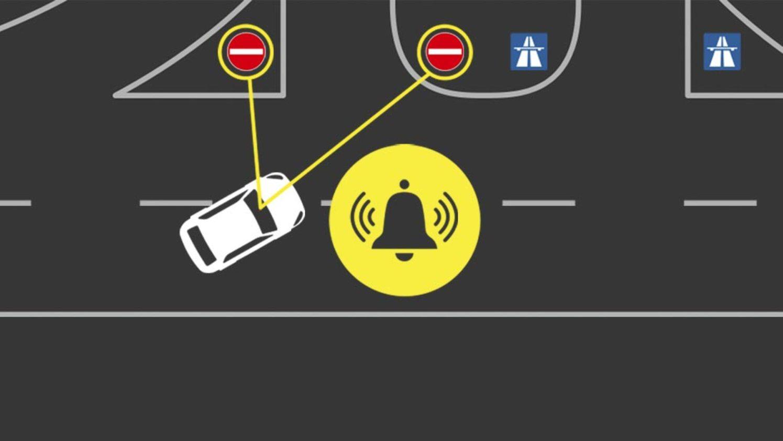 """La """"Alerta de Dirección Contraria"""" del Ford Focus evitará que entres por dirección prohibida en determinadas vías"""