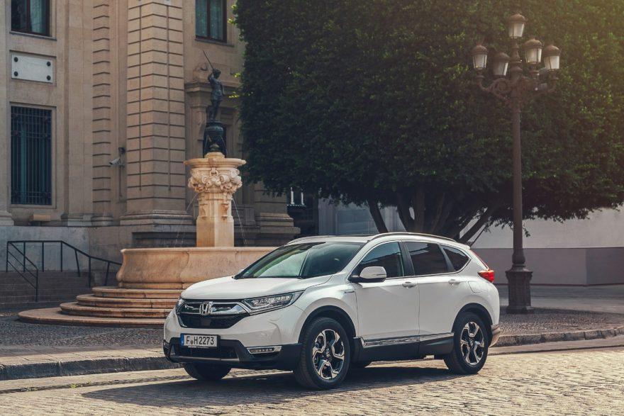 El Honda CR-V Hybrid desvela su consumo y de paso conocemos los planes de la marca para el Salón de París