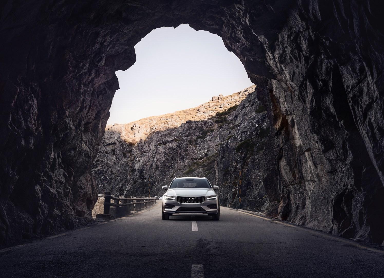 Nuevo Volvo V60 Cross Country, a la alternativa campera también le llega su renovación