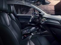 El Opel Crossland X recibe caja de cambios automático para su motor diésel y nueva tapicería