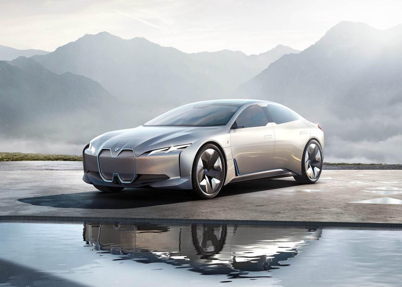 BMW i4 Paris Motor Show