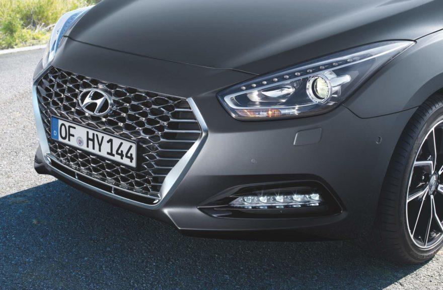 Parrilla del Hyundai i40