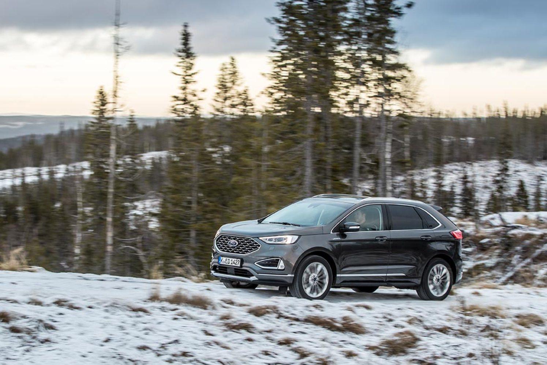 El Ford Edge se actualiza con mejoras en su equipamiento y en sus motorizaciones
