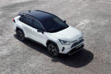 El nuevo Toyota RAV4 Hybrid inicia su comercialización en España desde 35.100 euros