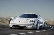 Las reservas del Porsche Taycan ya cubren su primer año de producción, y apunta que harán daño a Tesla