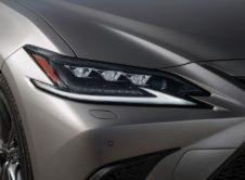 Lexus Es 300h 2019 (11)