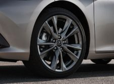 Lexus Es 300h 2019 (12)