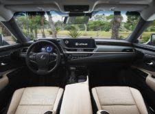 Lexus Es 300h 2019 (2)