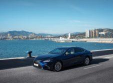 Lexus Es 300h 2019 (29)
