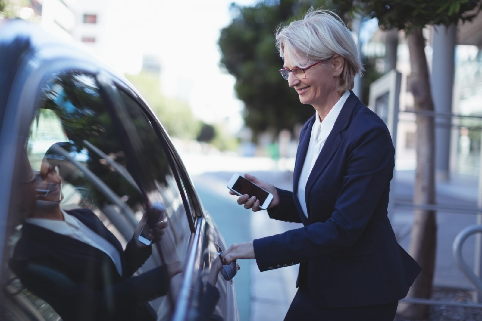 Barcelona regula VTC uber cabify