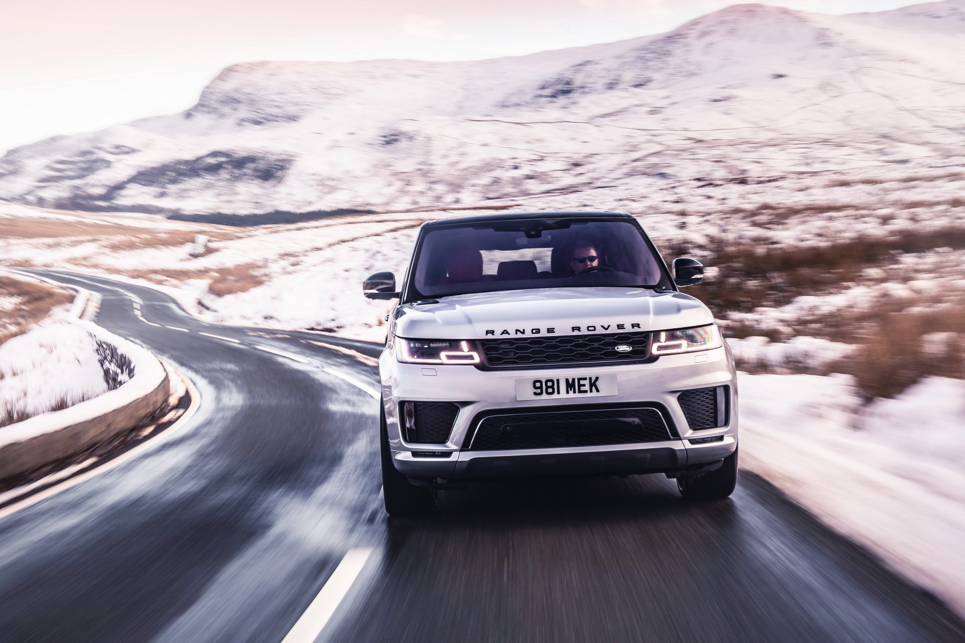 7a52cb2e 2019 Range Rover Sport Hst 26