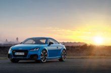 El Audi TT RS sigue la estela de sus hermanos pequeños y presenta su restyle