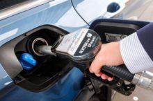 ¿Qué es el Diesel R33 o Azul que llegará próximamente a las gasolineras europeas?