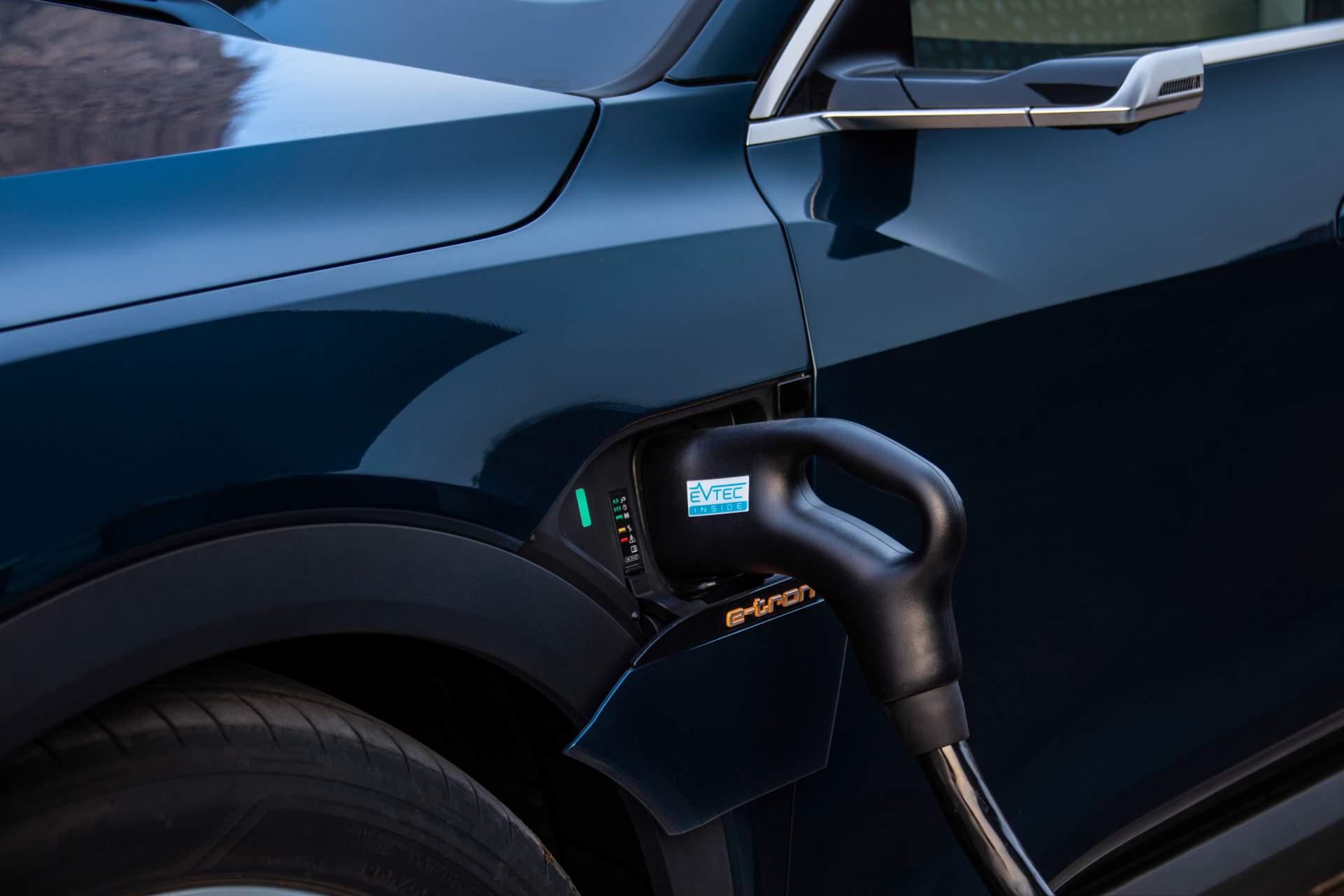 Audi E Tron 2020 Suv Electrico (18)