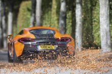 Consejos para favorecer el buen estado y el mantenimiento del coche en otoño