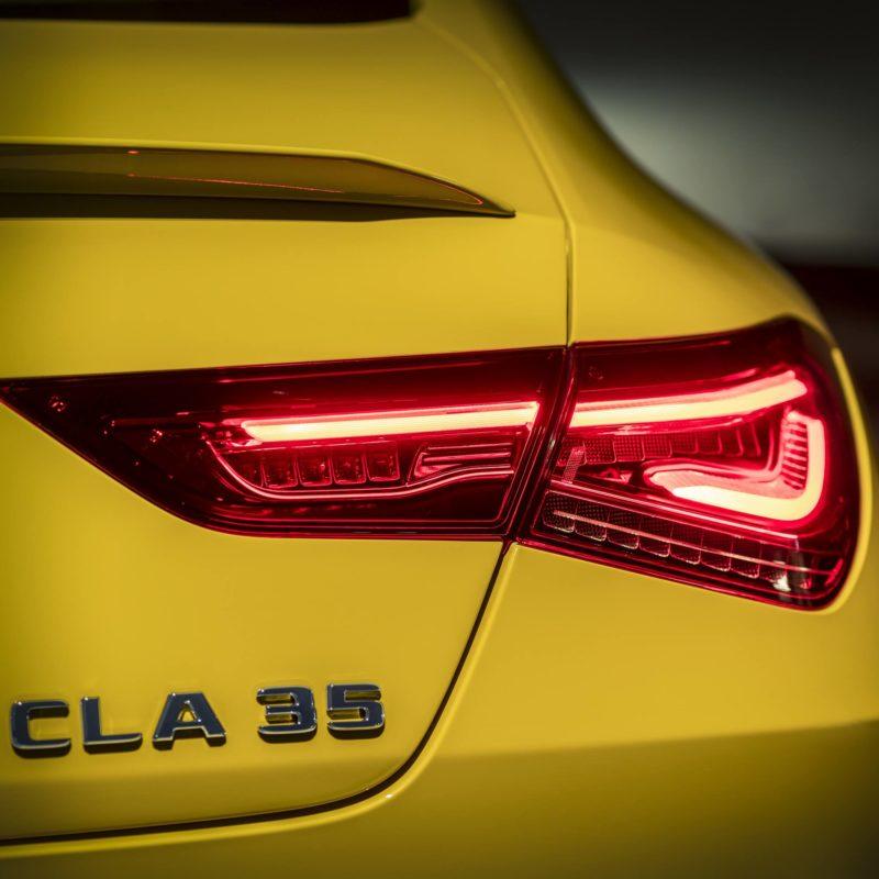 Mercedes Amg Cla 35 Teaser 01