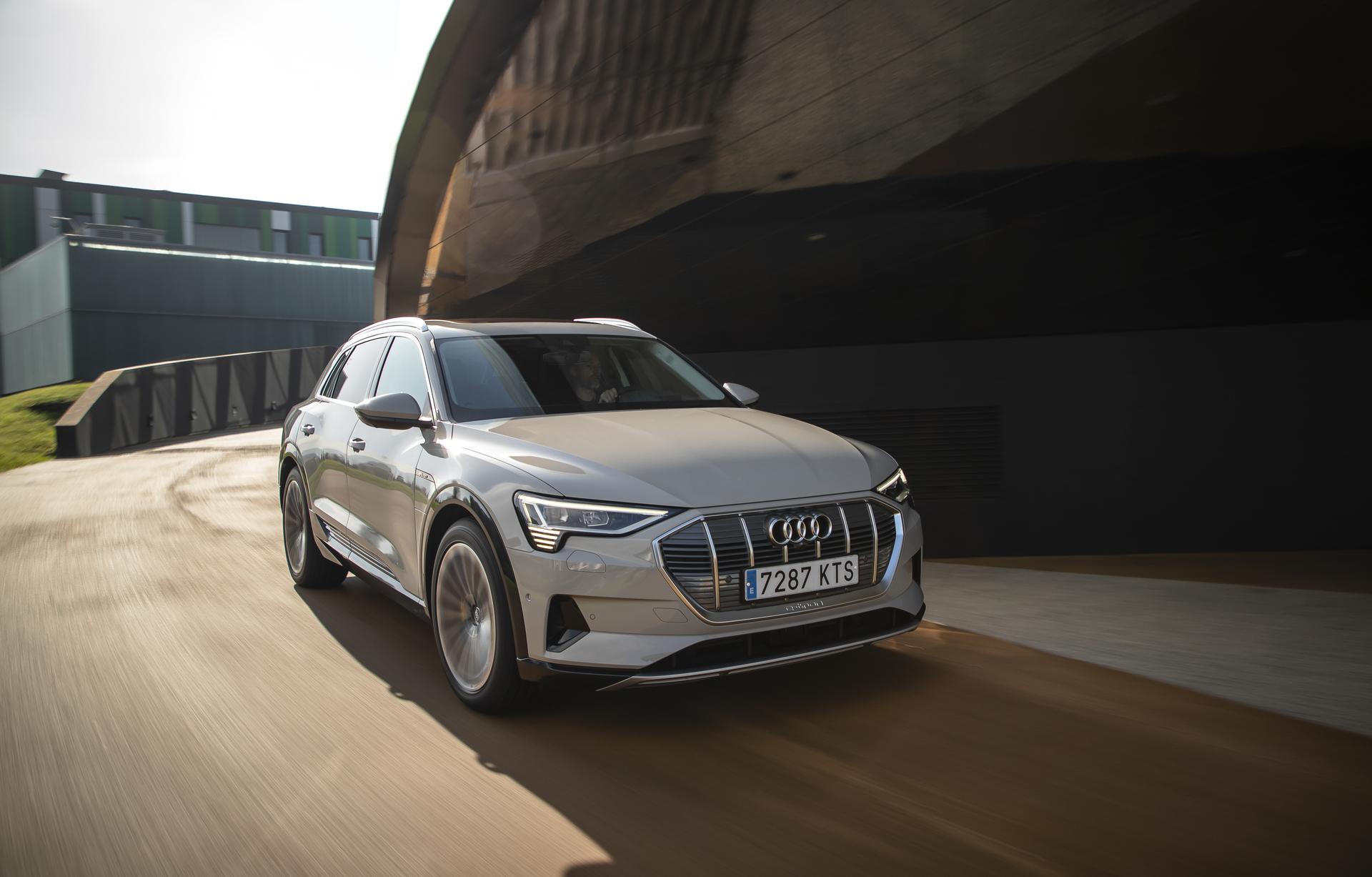 Audi Etron 12