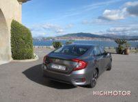 Comparativa Honda Civic Vtec Sedan Vs Civic I Dtec Cinco Puertas 03