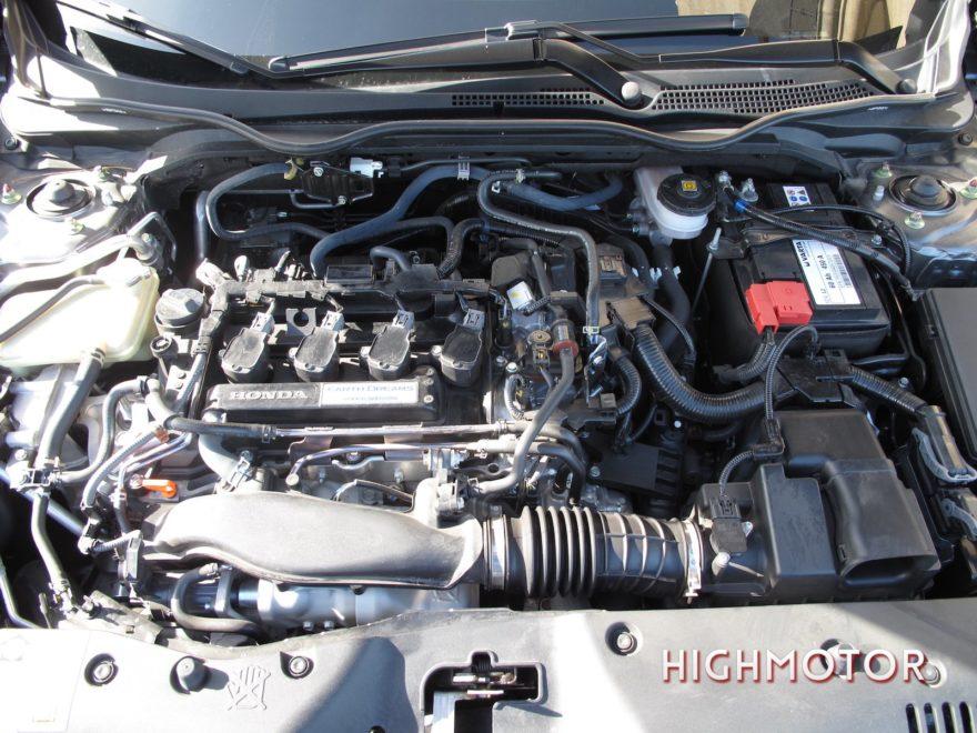 Comparativa Honda Civic Vtec Sedan Vs Civic I Dtec Cinco Puertas 05