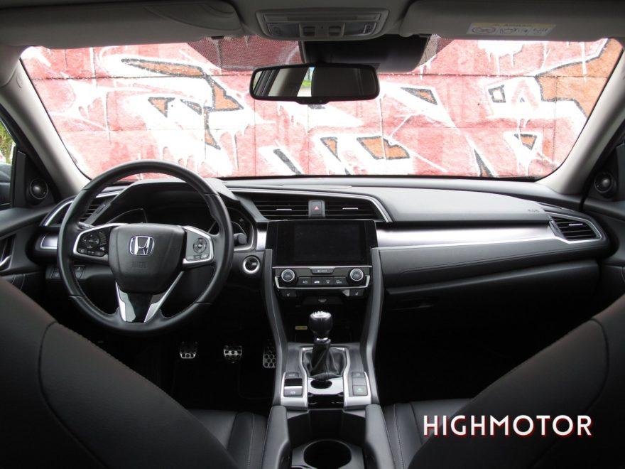 Comparativa Honda Civic Vtec Sedan Vs Civic I Dtec Cinco Puertas 14