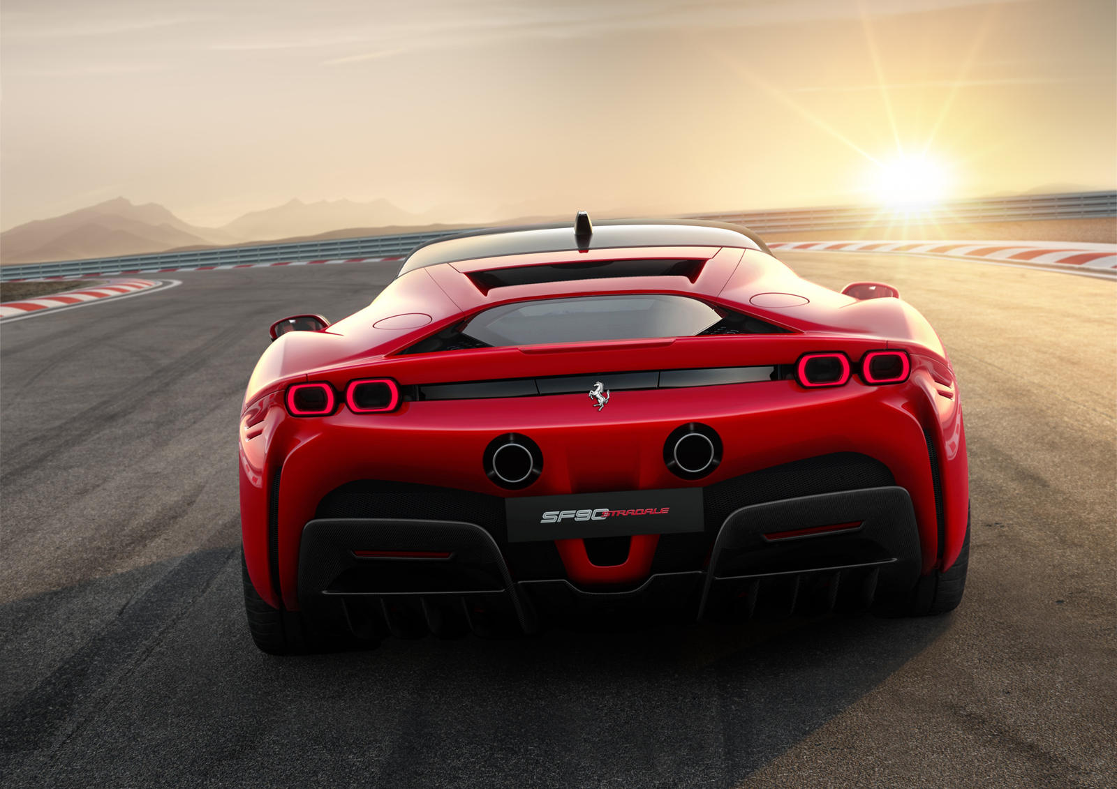 Ferrari Sf90 Stradale 1 000 Cv 04
