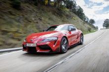 Toyota celebra la llegada del Supra a los concesionarios con una campaña publicitaria