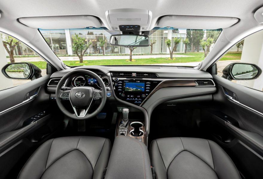 Toyota Camry 2019 (20)
