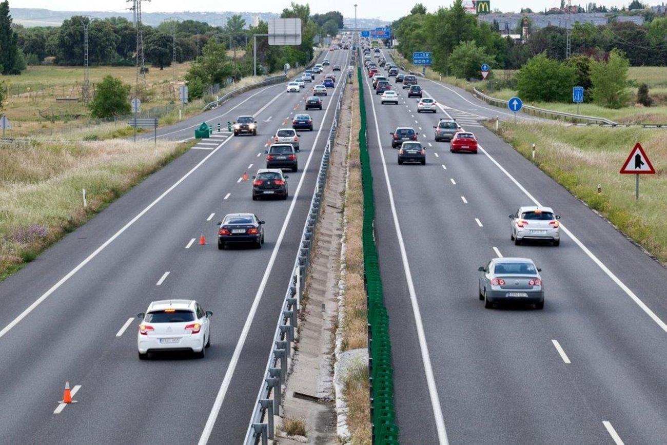 Carretera Carril Adicional Sentido Contrario