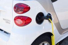 Las viviendas de nueva construcción en Reino Unido deberán equipar cargadores para vehículos eléctricos