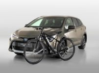Toyota Corolla Touring Sports Trek (4)