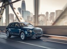 Bentley Bentayga Hybrid 11