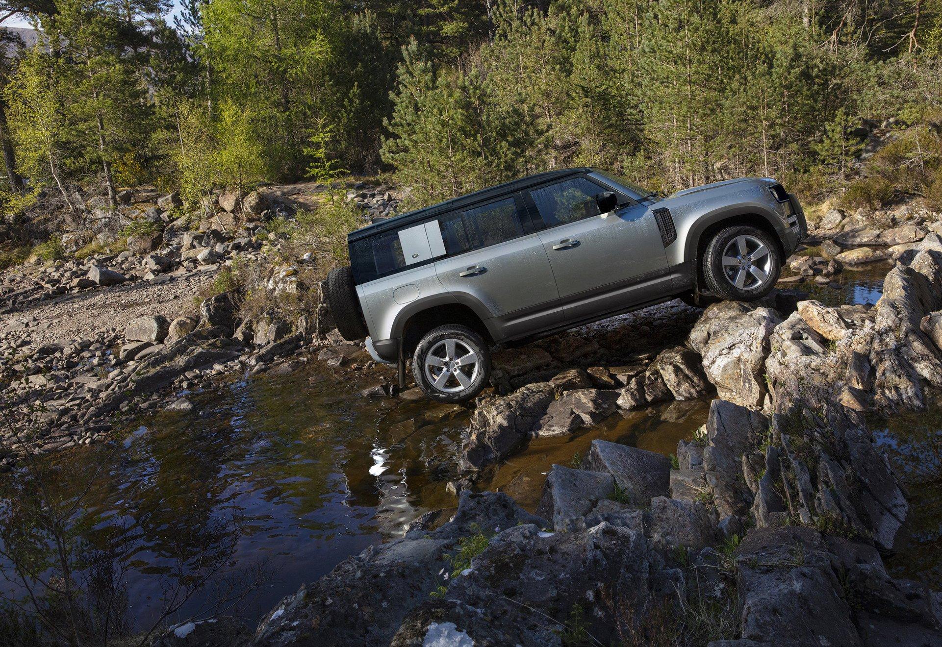 Land Rover Defender Frankfurt 2019 (17)