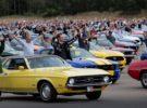 Más de 1.300 Ford Mustang reunidos en una concentración baten un nuevo récord