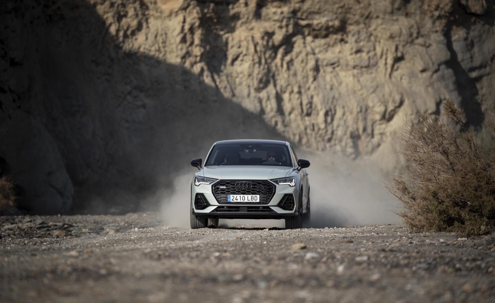 Audi Q3 Sportback Movimiento 19