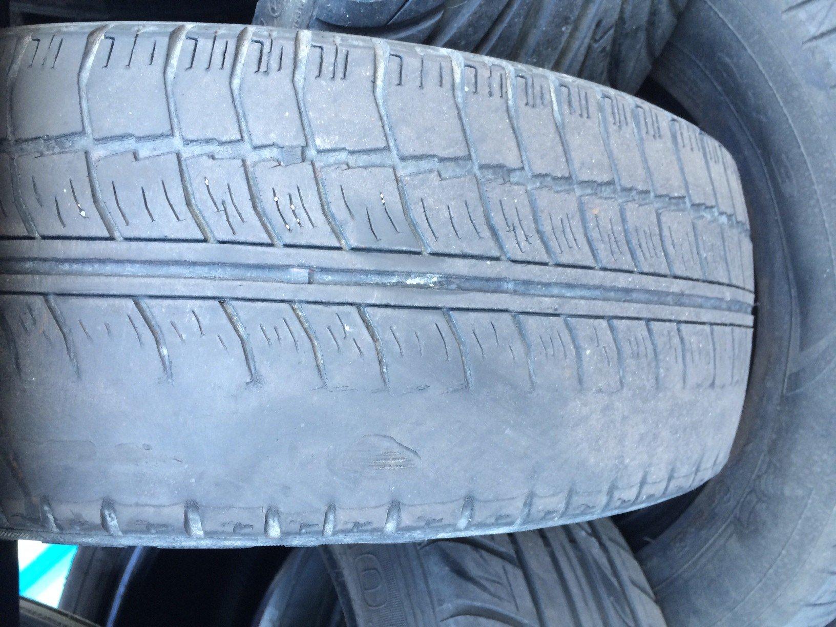 Neumáticos Gastados Cuanto 3