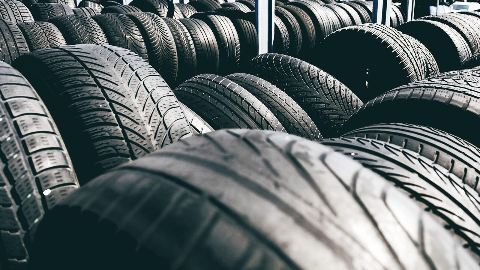 Neumáticos Gastados Cuanto 4