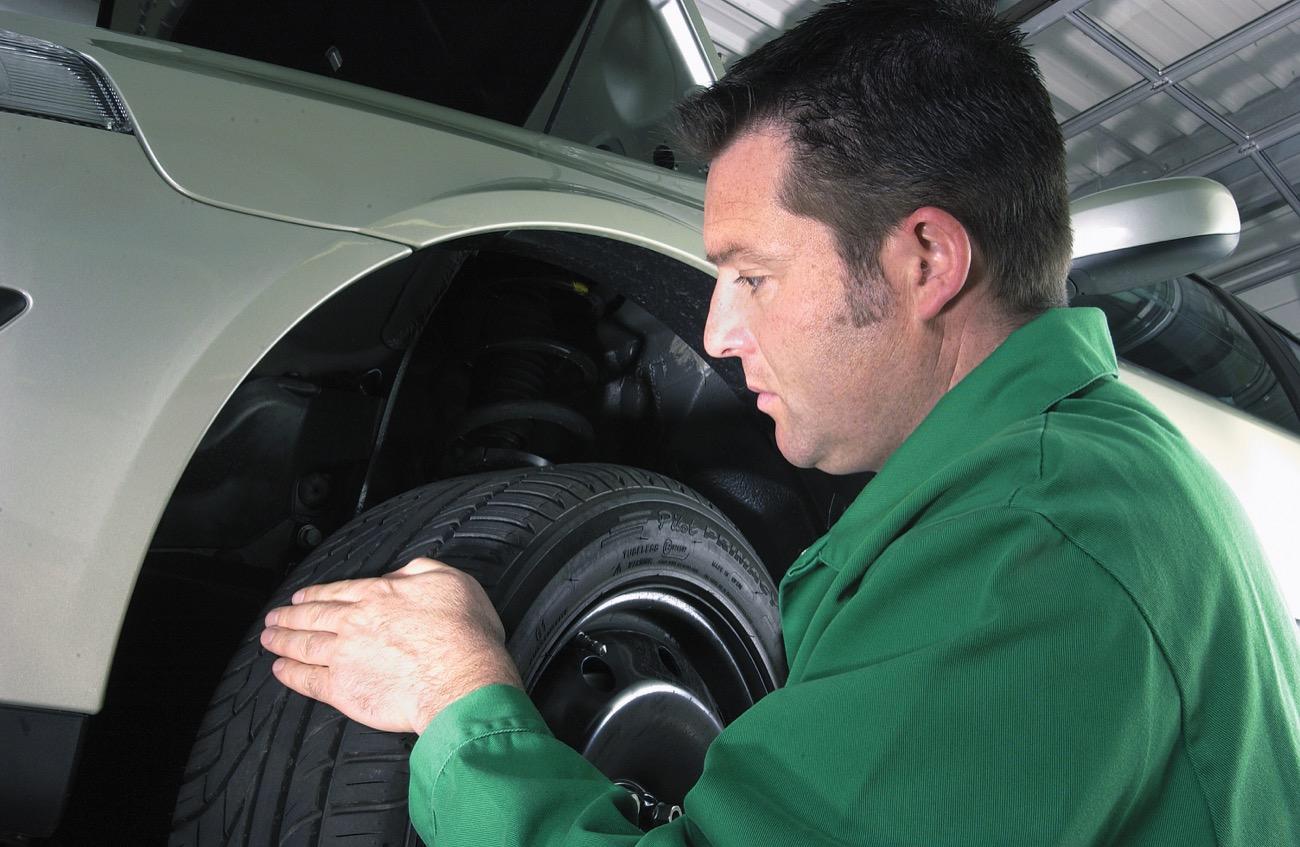 Neumáticos Gastados Cuanto 5
