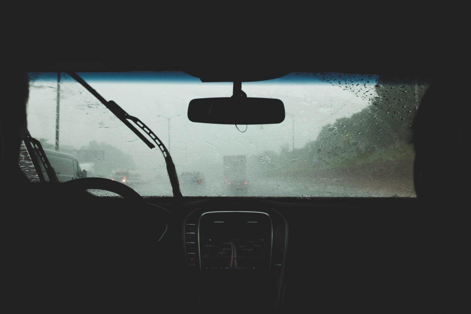 Otoño Lluvia Conducir (4)