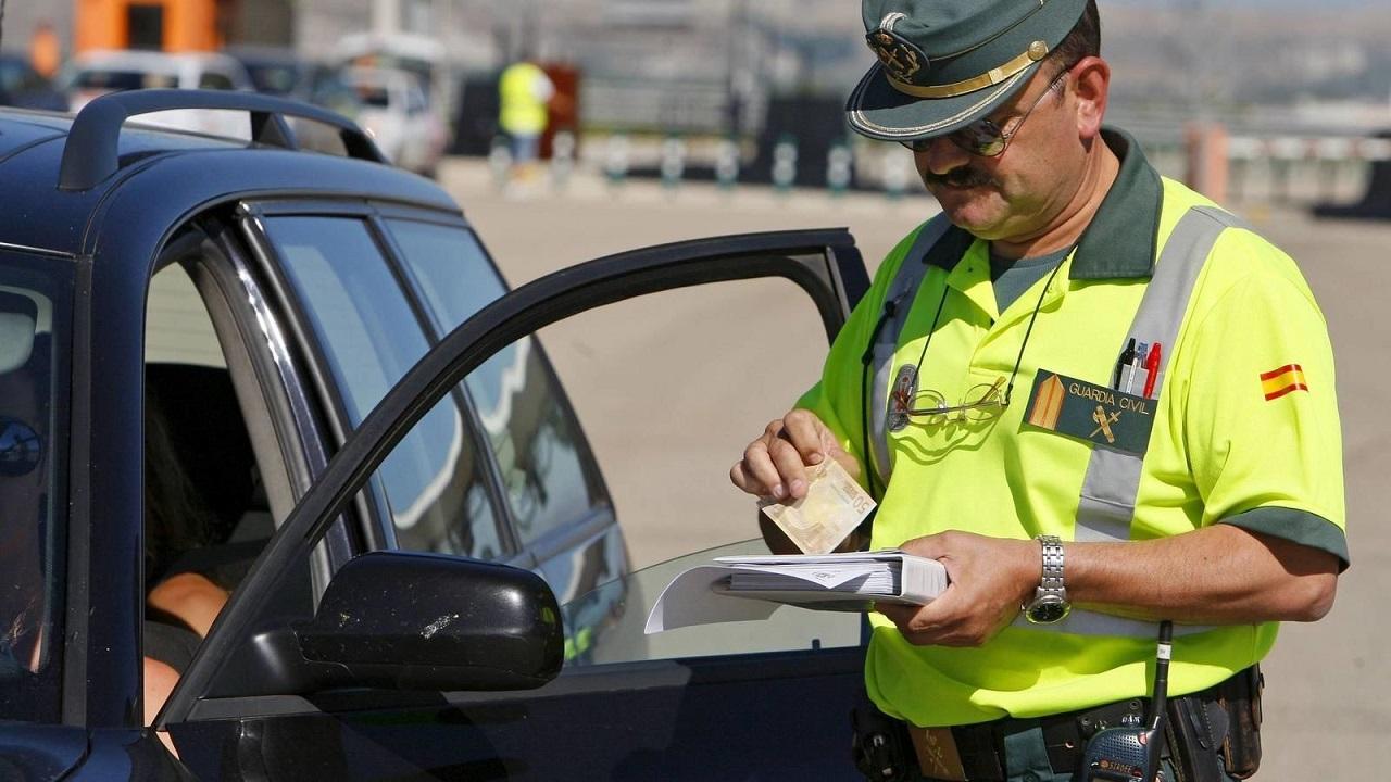 Sancion Trafico Dgt Dni Carnet 1