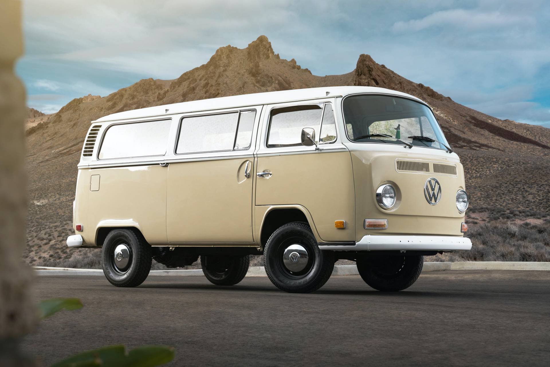 1972 Volkswagen Type 2 Bus With E Golf Electric Powertrain 29