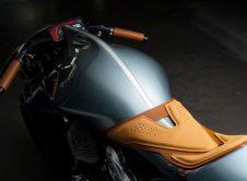 Amb 001 Moto Aston Martin (3)