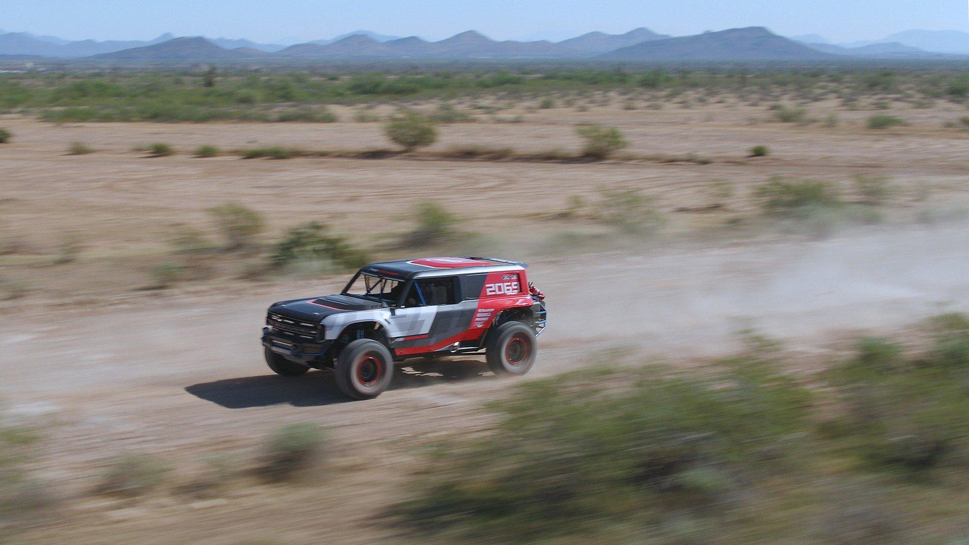 Ford Bronco R 1