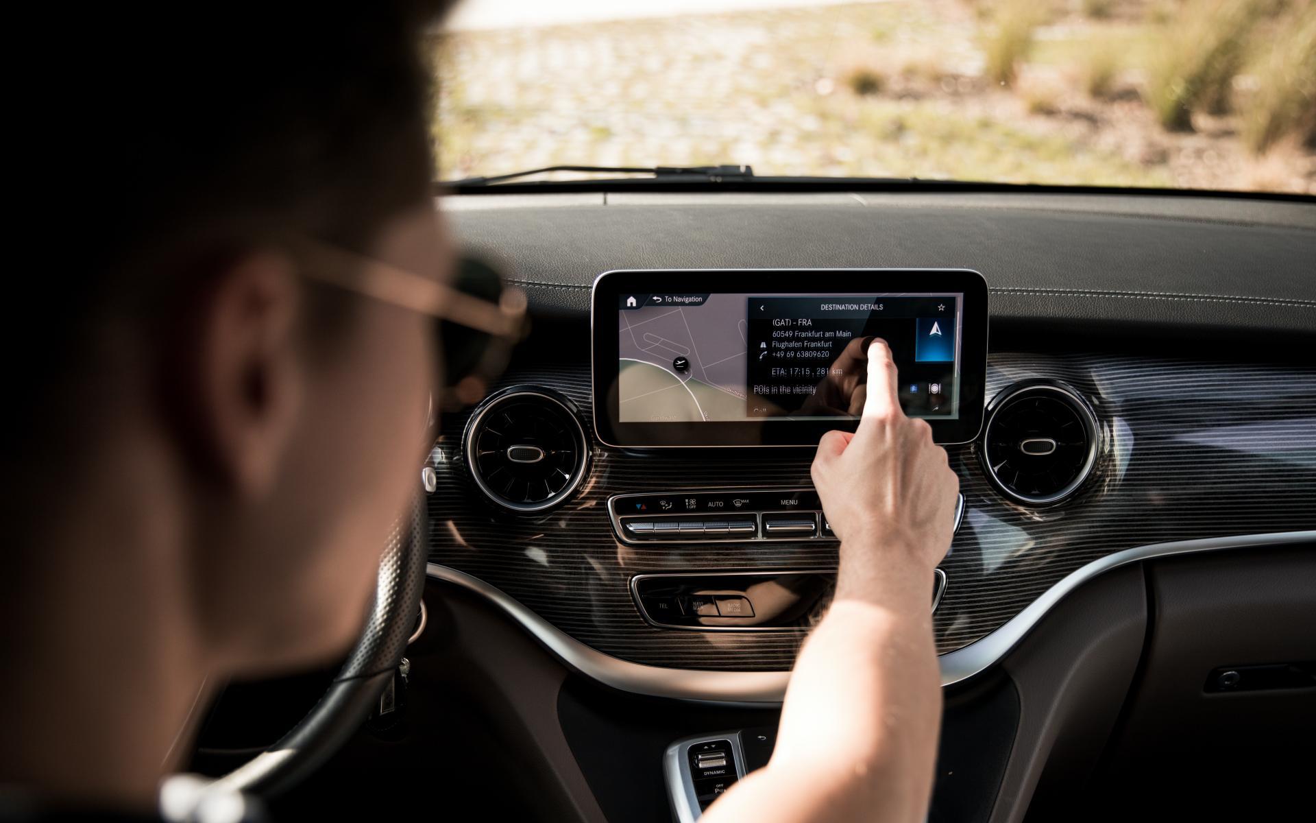 Mbux Sistema Inforentretenimiento Mercedes 1