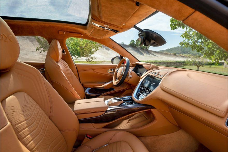 Nuevo Aston Martin Dbx8