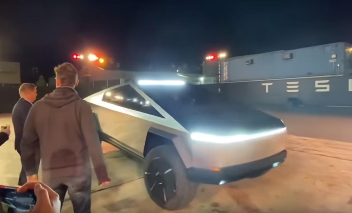 Tesla Cybertruck Característica 1