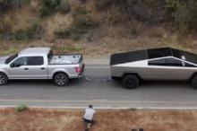 El Tesla Cybertruck le busca las cosquillas al Ford F-150 para poner a prueba la potencia eléctrica