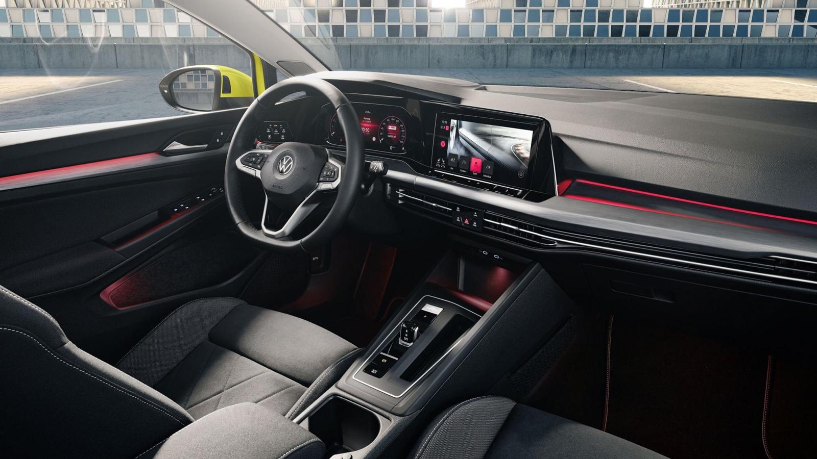 Volkswagen Golf 2020 (11)
